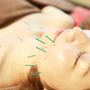 「歳をとるたび若返る肌」を目指し、しわ・たるみ・ほうれい線などのお悩みを改善していきます。